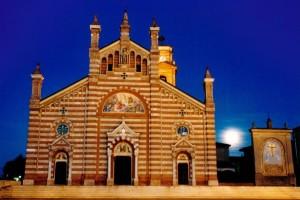 quargnento basilica san dalmazio di sera