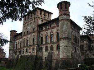 PIOVERA_IL CASTELLO