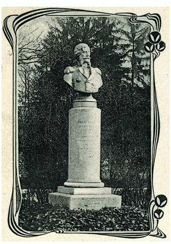 Tre-statue-nei-Giardini---Emilio-Faà-di-Bruno-(2)