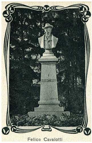 Tre-statue-nei-Giardini---Felice-Cavallotti