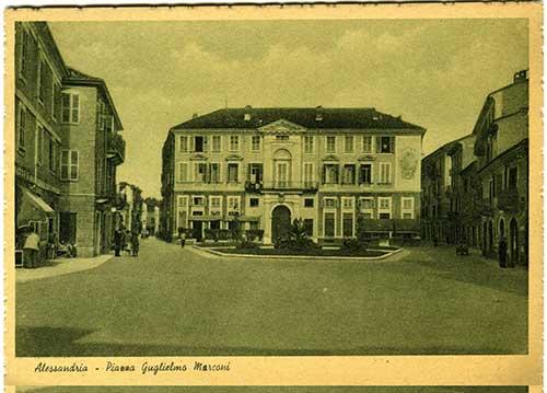 Cartolina-di-Piazza-Marconi