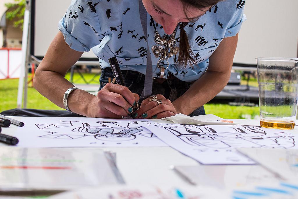 """Inchiostro Laboratorio: """"Workshop nelle scuole fra illustrazioni, calligrafia e stampa d'arte"""" CorriereAl"""