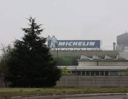 """I pannelli """"assorbenti lo smog"""" della Michelin: una bufala CorriereAl"""