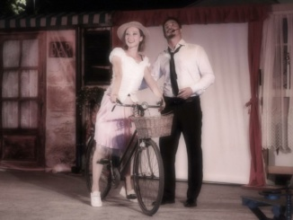 """""""Un bacio a mezzanotte"""" al Teatro Civico di Gavi CorriereAl"""