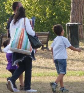"""Copia di Cissaca: """"L'affidamento familiare: una famiglia per crescere, una crescita per la famiglia"""" CorriereAl 1"""