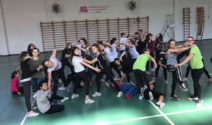 La Vochieri con il Peter Larsen Dance Studio alle finali delle Olimpiadi della Danza di Brescia CorriereAl