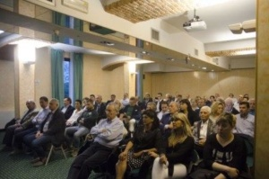 """Forza Italia: """"In campo ad Alessandria per farla tornare una città vivibile"""". Anche il senatore Malan alla presentazione dei candidati CorriereAl 1"""