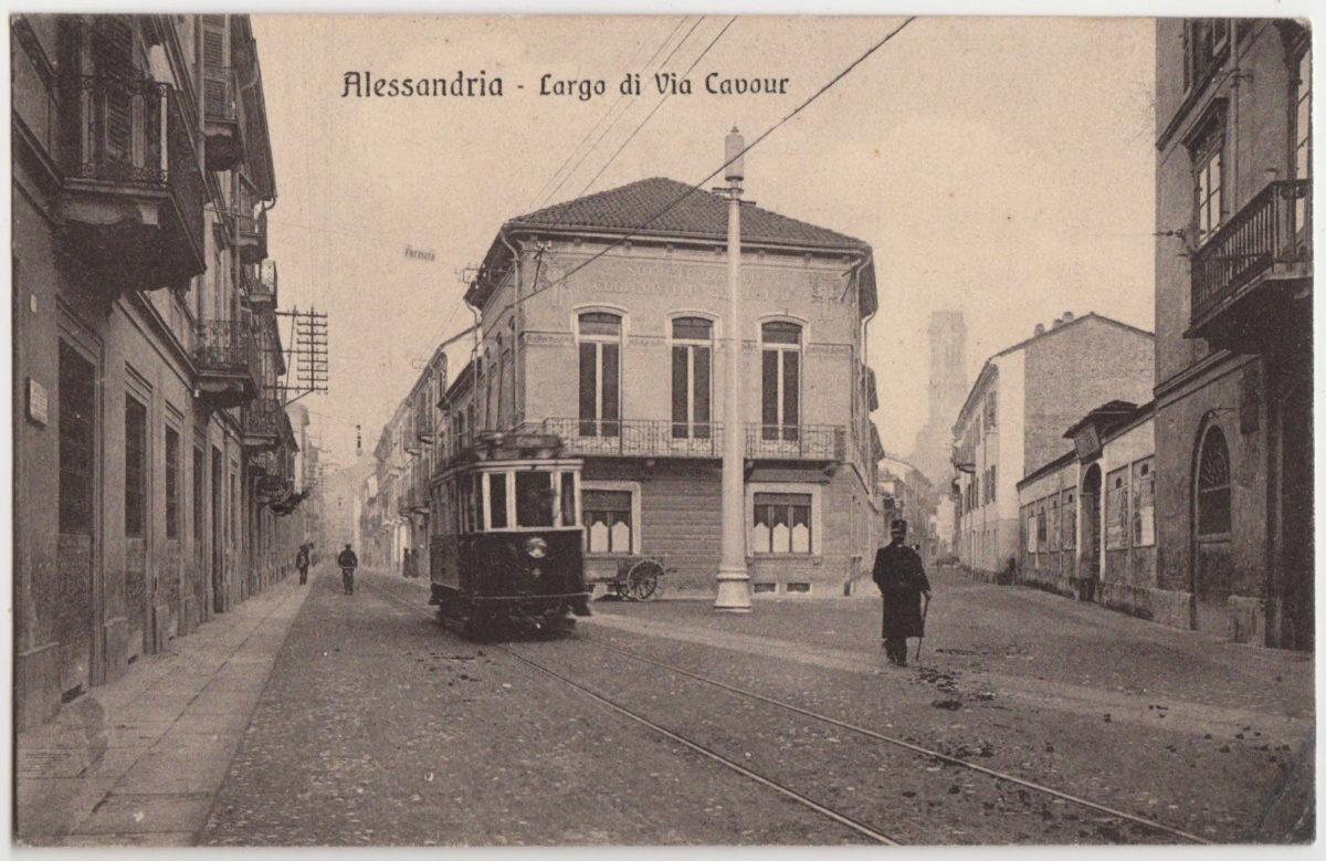 Piazza Garibaldi, Via Lodi, le scuole Normali, il Seminario di Via Vochieri e Lucia Lunati #16 CorriereAl 1
