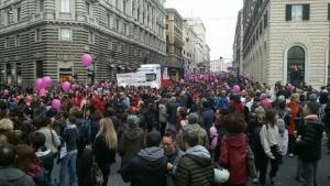 Non Una Di Meno: oltre 50 alessandrine domenica a Roma CorriereAl