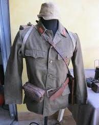"""""""Aria alla Rapida"""": mostra di uniformi della Seconda Guerra Mondiale CorriereAl"""