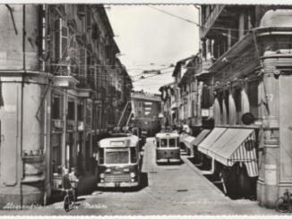 Via dei Martiri e il filobus [Un tuffo nel passato] CorriereAl
