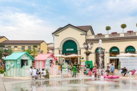 more photos ff47d 01e05 Outlet di Serravalle: 700 mila ospiti in 4 settimane di ...
